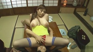 Kanon Ozora Busty Asian model has sexy lingerie