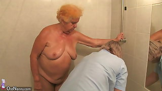 Amateur mature - bush-leaguer mature - bush-leaguer mature shower gran