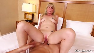 Hotness Sodomy Pounding a Arousing Natural Jugs Amateurs Mommy
