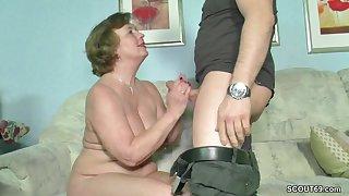 Baldhead chubby dude fucks lustful german mature lady