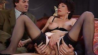 Vintage MILF fuck - DBM Video