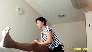 Asian Massage Parlour Old Asian Lady Makes Client Ejaculate