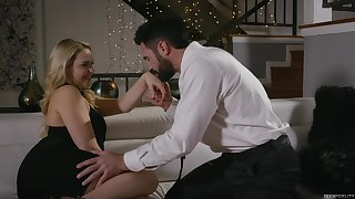 Seductive blonde girl, Mia Malkova is getting fucked while her boyfriend is out of town